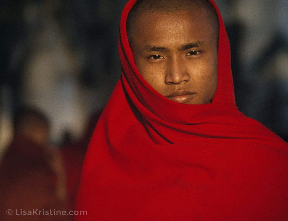 Lisa_Kristine_com-Red-Calm-Myanmar